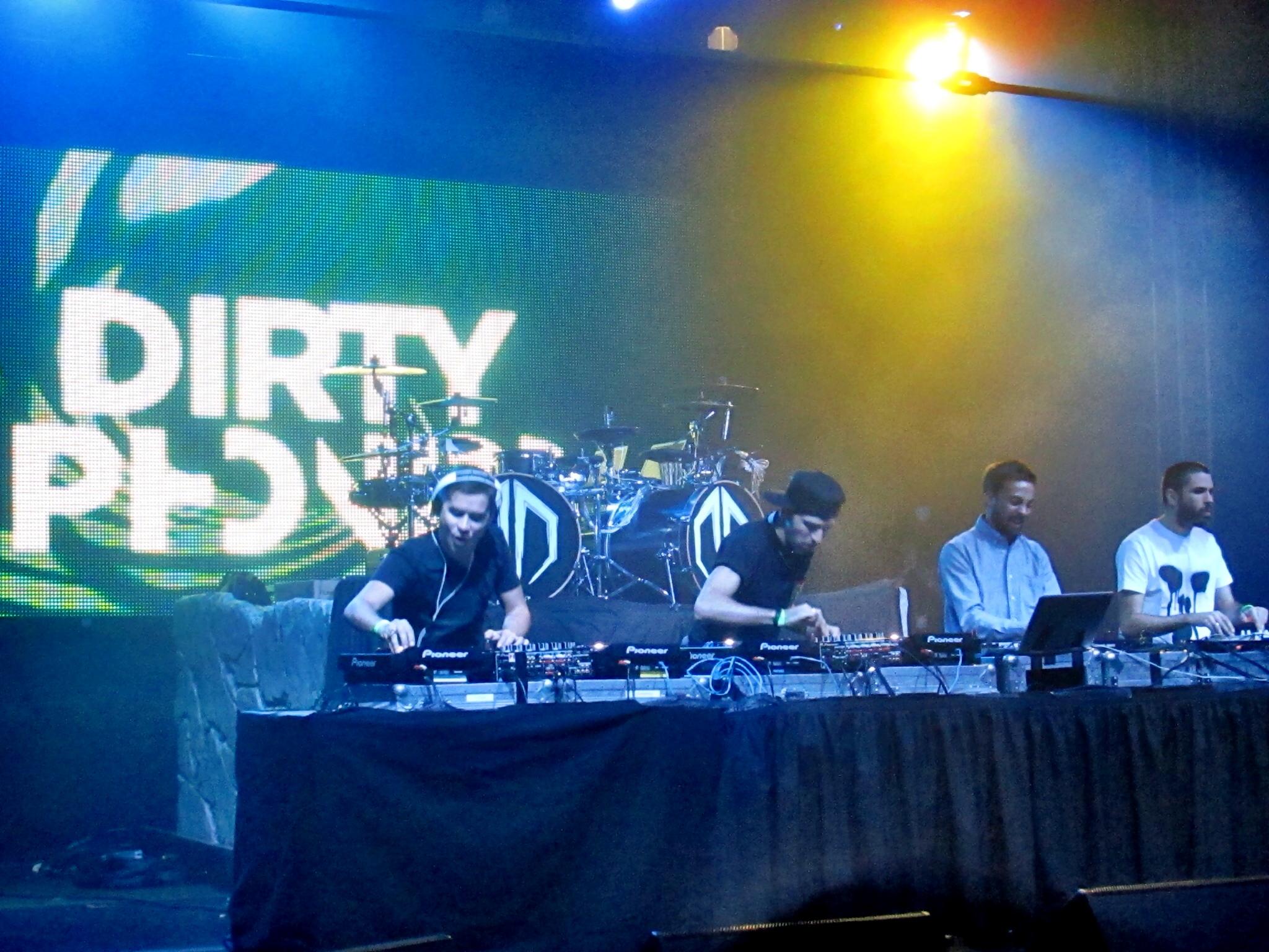 dirtyphonics-dropthebeatz